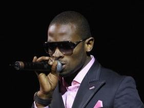 Rumours of romance.  D'Banj dating Genevieve?