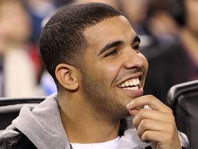 Drake hosts SNL
