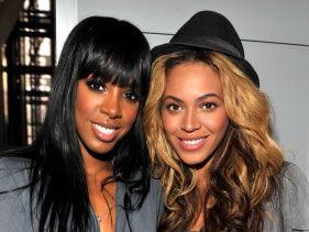 Beyonce & Kelly crash a party!