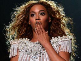 Beyoncé splurges on food!