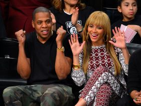 Beyoncé and Jay Z all smiles