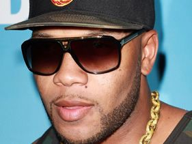 Flo Rida takes Whistle to the top of the Hot 100 Chart!