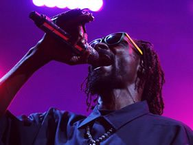 "Snoop Dogg to release new album as ""Snoop Lion"""
