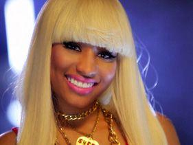 Nicki Minaj's wig nightmare