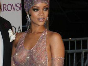 Rihanna vs TLC
