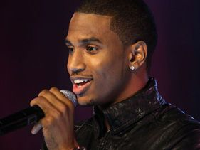 "Trey Songz has released a new track titled ""Smart Phones"""