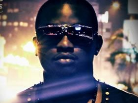 Wande Coal shoots in Jozi.